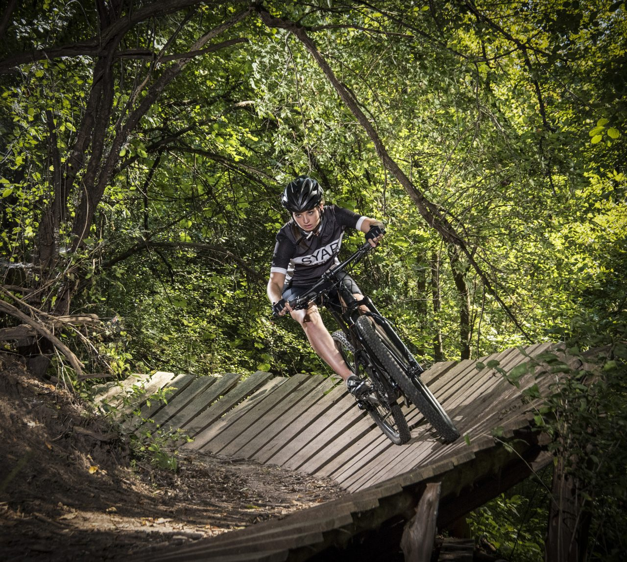 trail riding, sports